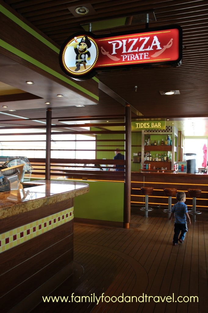 dining on the carnival breeze