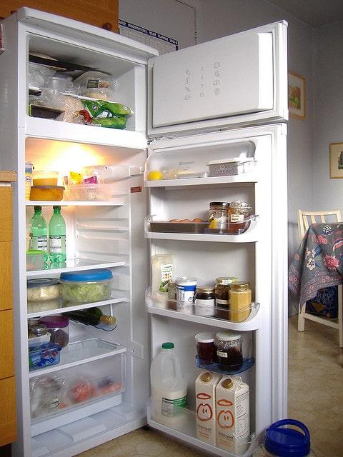 Kitchen Tips: Taking Care of Fridge Freezers