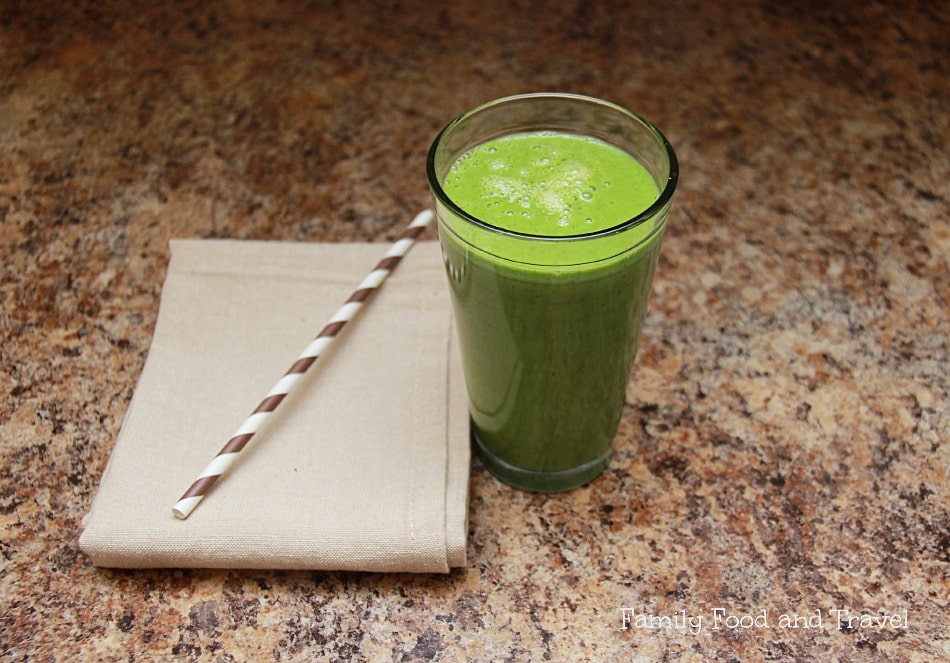 energy boosting morning green smoothie