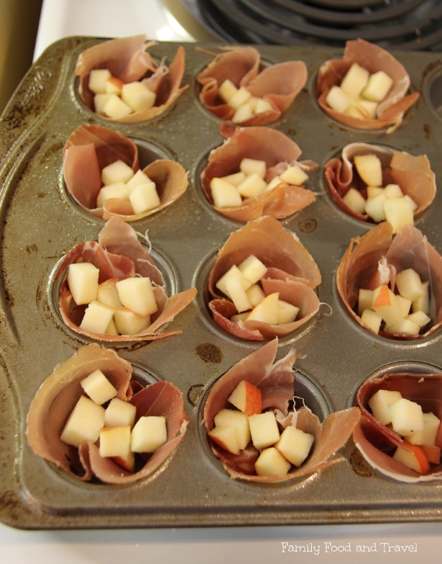prosciutto cups with apples and cheese