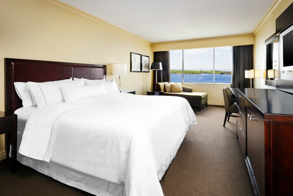 Westin Harbour Castle King Lakeview Room