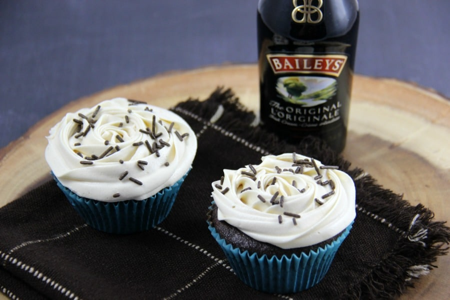 Baileys Chocolate Cupcakes with Baileys Buttercream Frosting