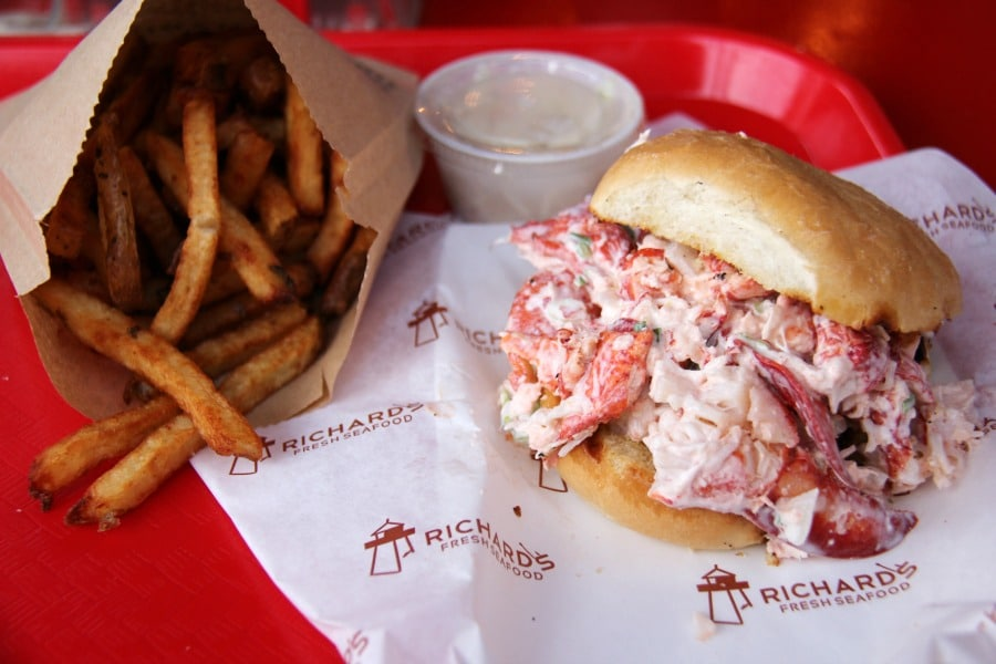 Lobster Roll Richard's Seafood Brackley Beach PEI