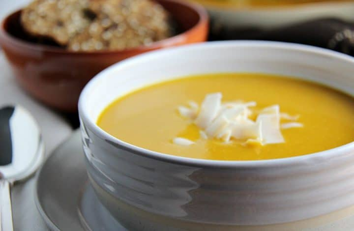 Slow Cooker Butternut Squash and Apple Soup