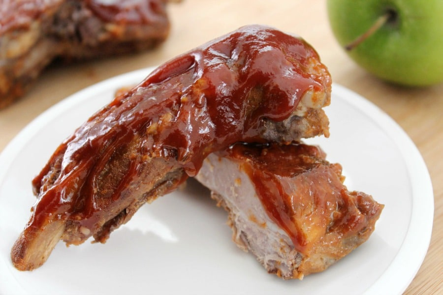 Slow Cooker Ribs with Apple Barbecue Sauce