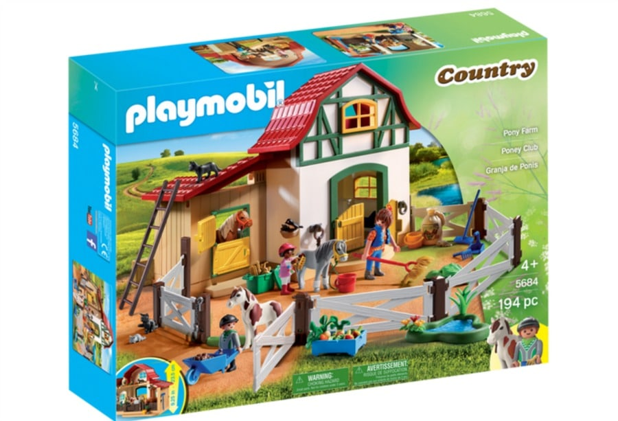 Imaginative Play with Playmobil