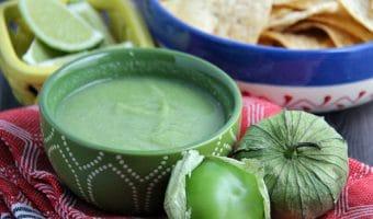 Traditional Salsa Verde (Green Tomatillo Salsa)