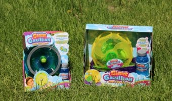 A Summer Full of Fun with Giant Gazillion Bubbles