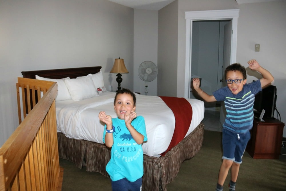 Family Accommodations in Gatineau at the Ramada Plaza du Casino