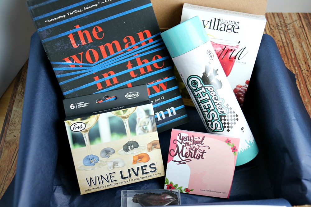 Sweet Reads Box April Contents