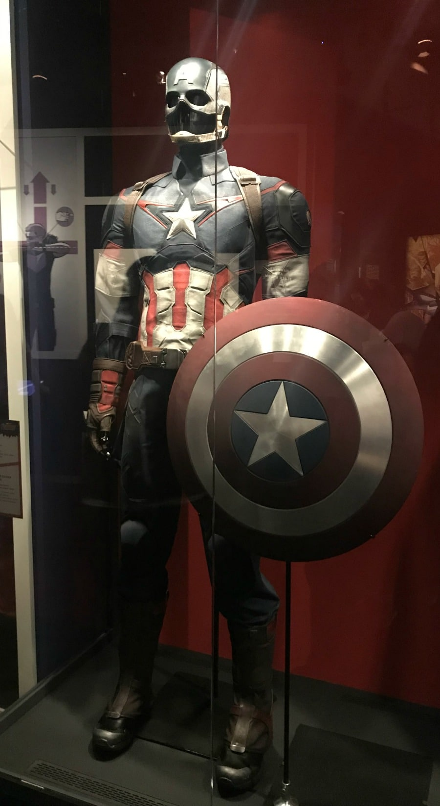 Captain America costume Marvel Universe