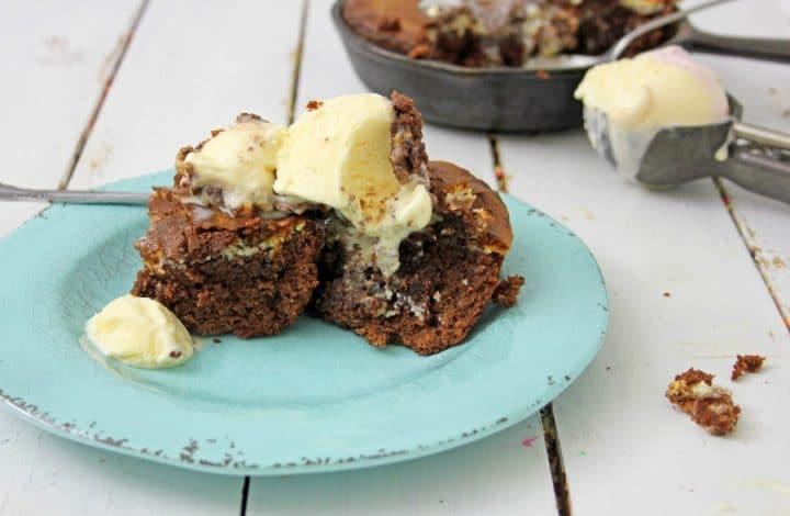 Skillet Brownie Cheesecake Recipe