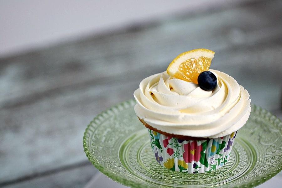 Lemon Cupcakes and Lemon Curd Frosting